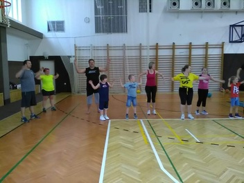 Basket - trénink s rodiči