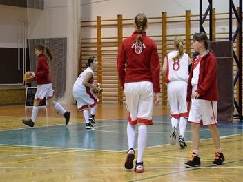 Dívky vs Frýdek-Místek 30. 1. 2016